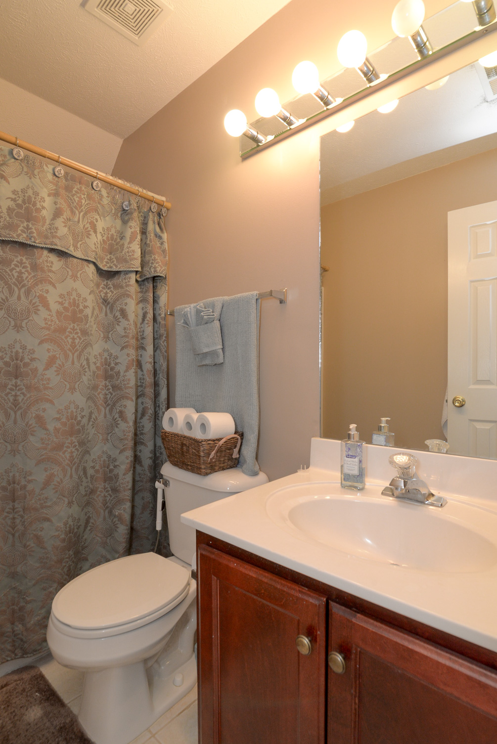 Bathroom Sinks Nashville Tn houselens | properties.houselens/teamkipp~sharon&davidkipp