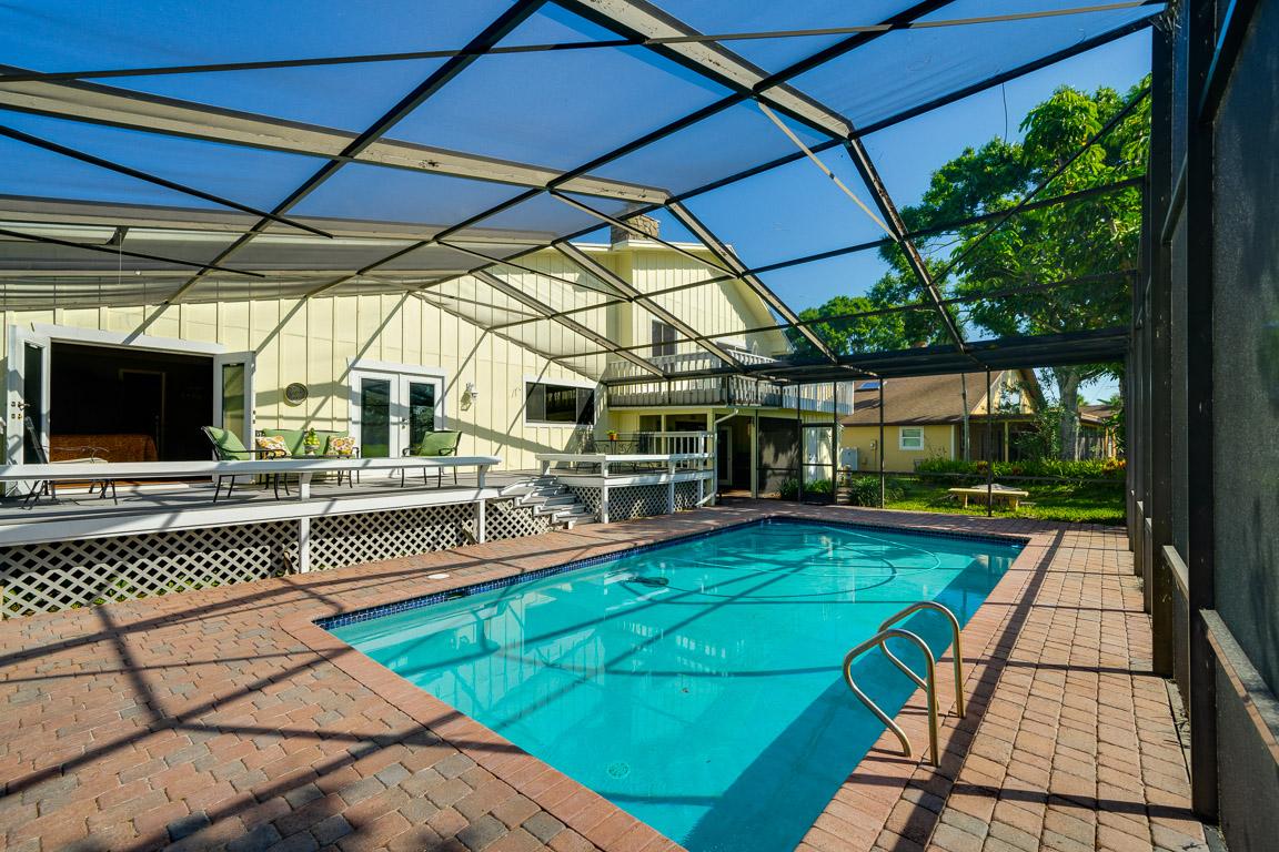 Houselens | properties.houselens.com/72031/651+Doral+Ln%2C+Melbourne ...