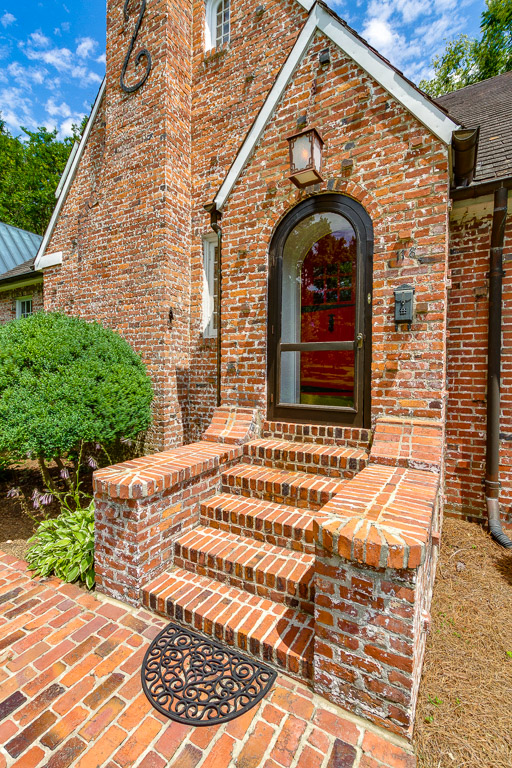 Houselens | properties houselens com/Lead/MarkHolleman/60239